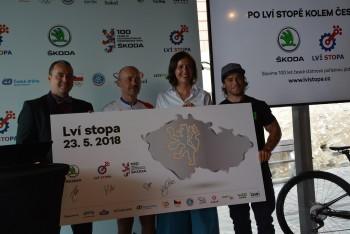 ŠKODA AUTO zve cyklisty do Lví stopy na počest století Československa